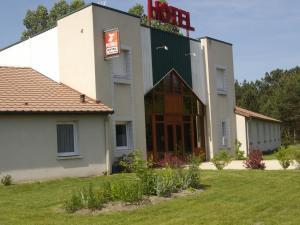 Hôtel Le Grand Chêne