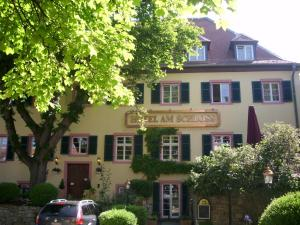 Hotel Am Schloss, Hotely  Alzey - big - 1