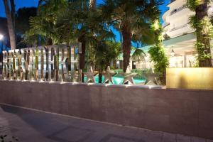 Hotel Belvedere, Отели  Морской Милан - big - 58