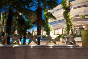 Hotel Belvedere, Отели  Морской Милан - big - 59