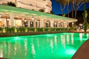 Hotel Belvedere, Отели  Морской Милан - big - 61