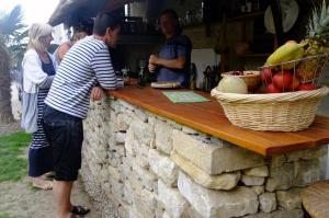 Chambres et Tables d'hôtes à l'Auberge Touristique, Bed & Breakfast  Meuvaines - big - 56