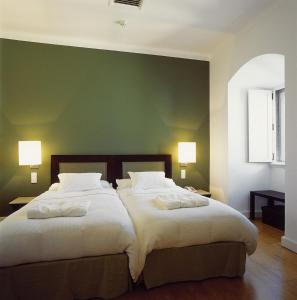 Design Double or Twin Room