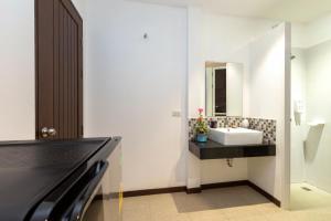 The Lantern Hostel and Spa, Hostelek  Csalong - big - 7