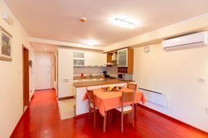 Leona & Borna's Central Lapad Suites, Appartamenti  Dubrovnik - big - 14