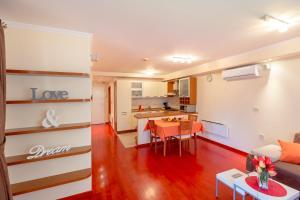 Leona & Borna's Central Lapad Suites, Appartamenti  Dubrovnik - big - 16