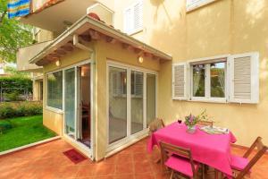 Leona & Borna's Central Lapad Suites, Appartamenti  Dubrovnik - big - 32