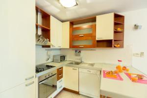 Leona & Borna's Central Lapad Suites, Appartamenti  Dubrovnik - big - 44