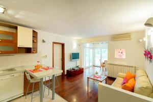 Leona & Borna's Central Lapad Suites, Appartamenti  Dubrovnik - big - 46