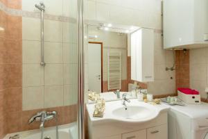 Leona & Borna's Central Lapad Suites, Appartamenti  Dubrovnik - big - 49