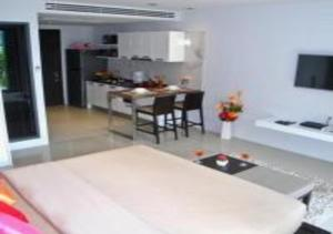 Emerald: Apartment in Patong, Ferienwohnungen  Strand Patong - big - 46