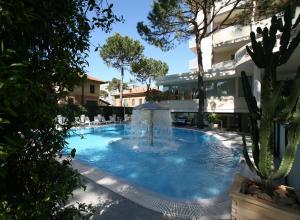 Hotel Alexander, Hotely  Milano Marittima - big - 43