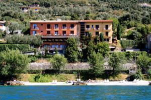 Hotel Villa Carmen - AbcAlberghi.com