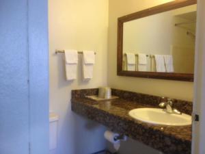 Economy Inn Alamogordo, Motel  Alamogordo - big - 13