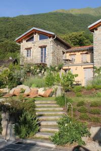 Veranda Hill Lodge, Apartments  Pianello Del Lario - big - 2