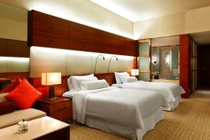 Executive Deluxe Double or Twin Room