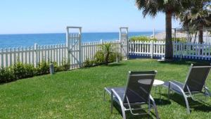 Beachfront townhouse Costa del Sol, Nyaralók  Estepona - big - 1