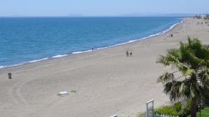Beachfront townhouse Costa del Sol, Nyaralók  Estepona - big - 10