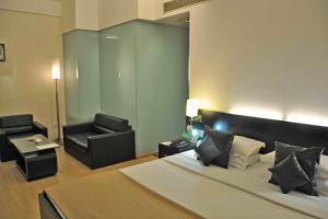 Comfort Inn Sunset, Hotels  Ahmedabad - big - 45