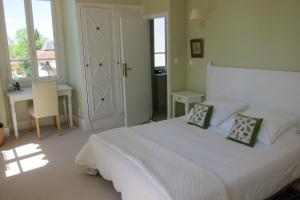 La Maison, Bed & Breakfasts  Toulouse - big - 6