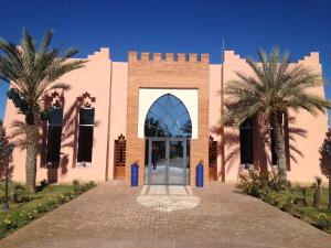 Les Riads de Jouvence, Bed and Breakfasts  Oulad Mazoug - big - 30