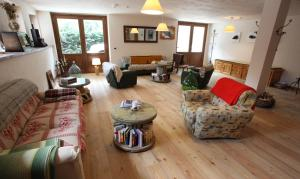 Maison Le Champ, Bed & Breakfast  La Salle - big - 19