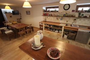 Maison Le Champ, Bed & Breakfast  La Salle - big - 18
