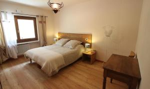 Maison Le Champ, Bed & Breakfast  La Salle - big - 6