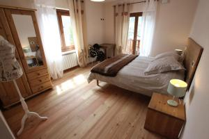 Maison Le Champ, Bed & Breakfast  La Salle - big - 24