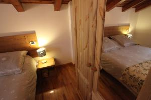 Maison Le Champ, Bed & Breakfast  La Salle - big - 14