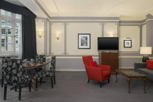 Executive Suite, Club lounge access, Executive Suite