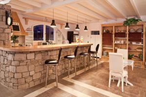 Miland Suites, Apartmány  Adamas - big - 35