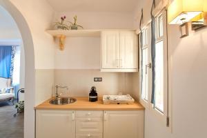 Miland Suites, Apartmány  Adamas - big - 7