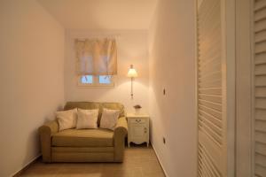 Miland Suites, Apartmány  Adamas - big - 28