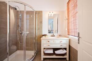 Miland Suites, Apartmány  Adamas - big - 15