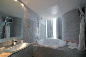 Hotel Waldorf- Premier Resort, Hotels  Milano Marittima - big - 39