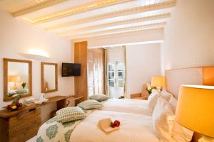 Petinos Beach Hotel(Platis Gialos)