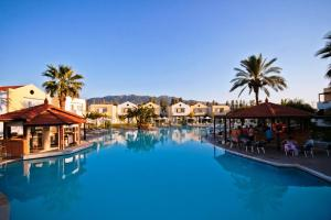 Zorbas Beach Hotel, Hotely  Tigaki - big - 20