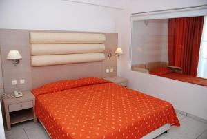 Zorbas Beach Hotel, Hotely  Tigaki - big - 58