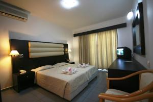 Zorbas Beach Hotel, Hotely  Tigaki - big - 10