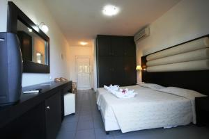Zorbas Beach Hotel, Hotely  Tigaki - big - 51