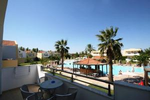 Zorbas Beach Hotel, Hotely  Tigaki - big - 49