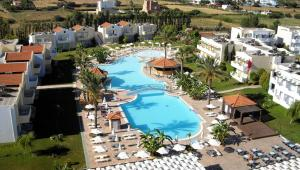 Zorbas Beach Hotel, Hotely  Tigaki - big - 18