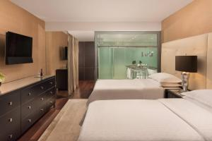 Executive Suite, Club lounge access, 2 Twin/Single Bed(s)
