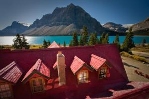 Num-Ti-Jah Lodge - Accommodation - Lake Louise