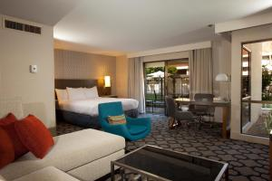 Junior Suite with Pool View (No Resort Fees)
