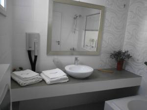 Alkyoni Beach Hotel, Hotely  Naxos Chora - big - 71