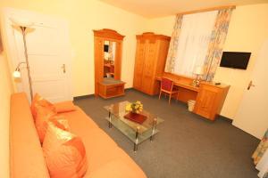 Hotel Garni Trifthof, Hotels  Garmisch-Partenkirchen - big - 11