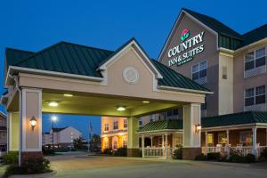 Country Inn and Suites Effingham
