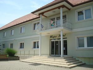 Major Hotel És Palóc Apartmanház